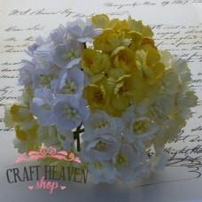 Mixed White/Cream/Yellow Cherry Blossoms - 25mm