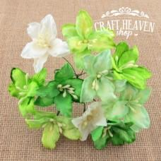 Mixed Green and White Mulberry Paper Lily Flowers - 30mm